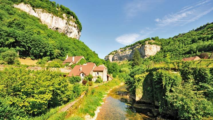 Campingplätze im Jura - Familienurlaub im Mobilheim   Eurocamp