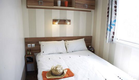 bettw sche und handt cher eurocamp. Black Bedroom Furniture Sets. Home Design Ideas